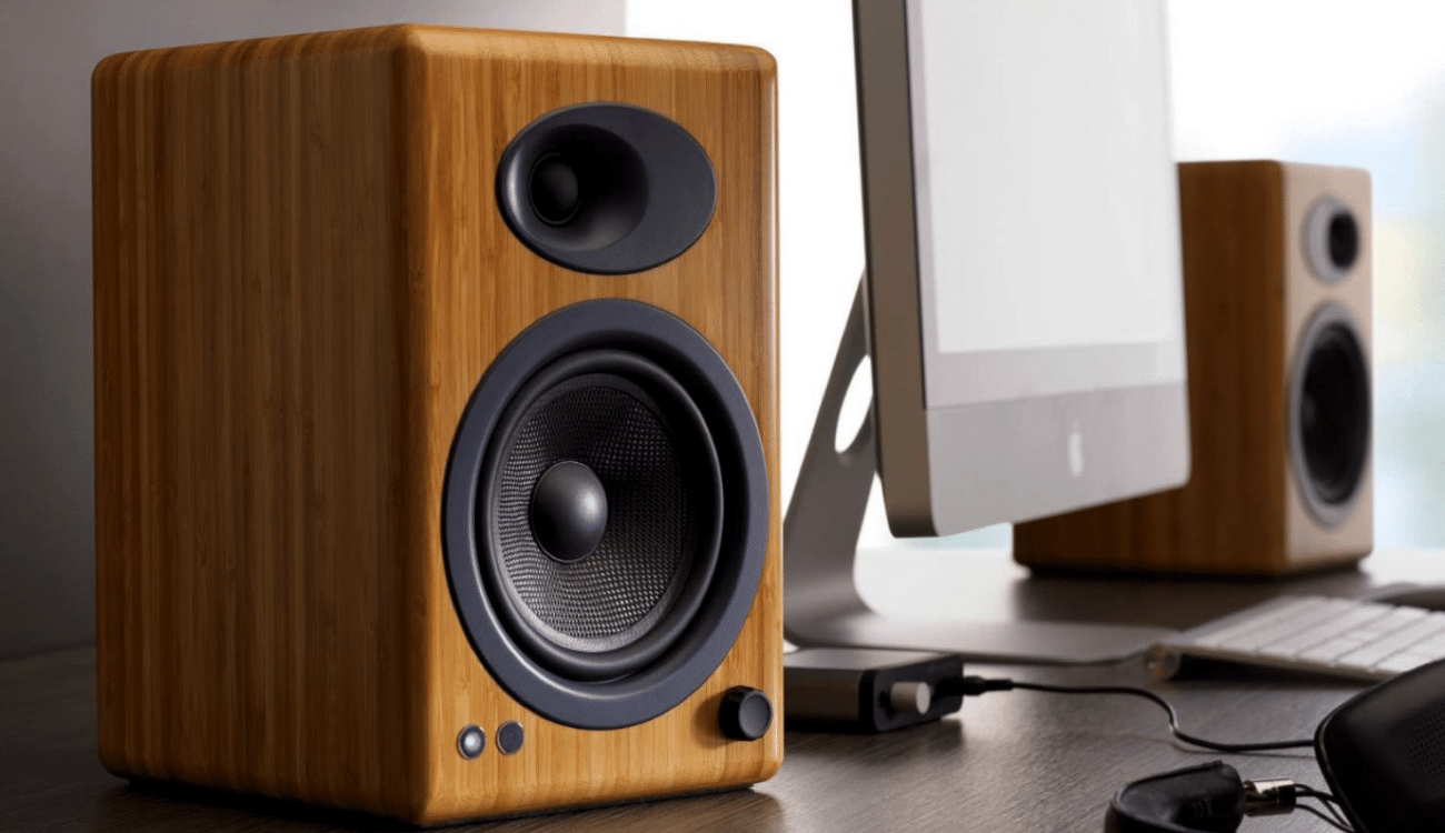 How to Choose the Best Bookshelf Speakers Under nder 200