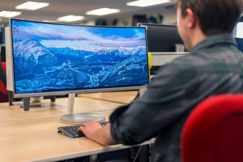 Best Frameless Monitor