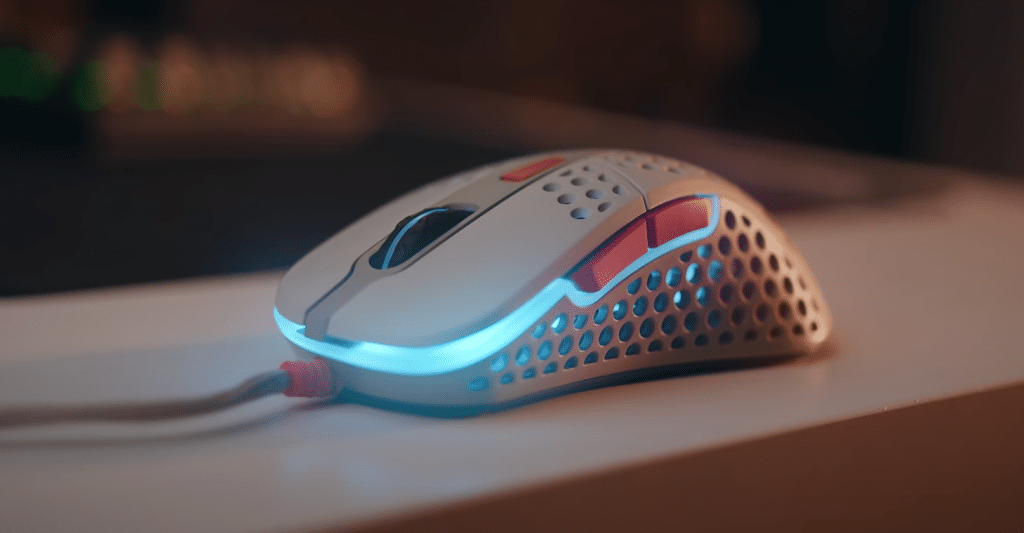 Lightest Gaming Mouse1